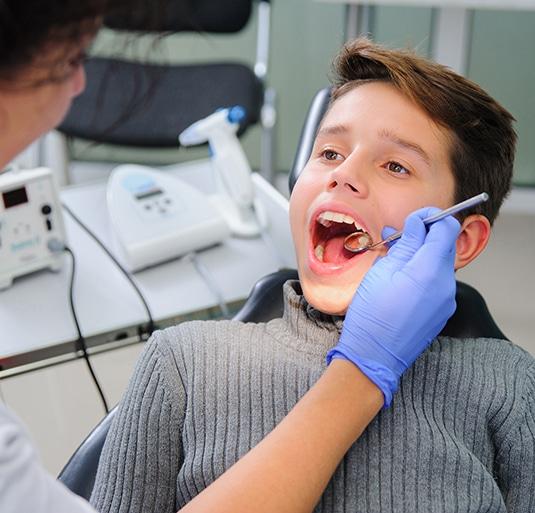 home-dentist-chair-children-535x513